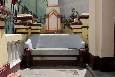 Choáng ngợp khu mộ cổ của bá hộ giàu nhất Sài Gòn xưa - 14