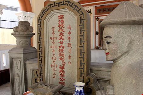 Choáng ngợp khu mộ cổ của bá hộ giàu nhất Sài Gòn xưa - 5