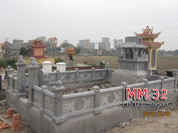 Khu lăng mộ đá MM 32