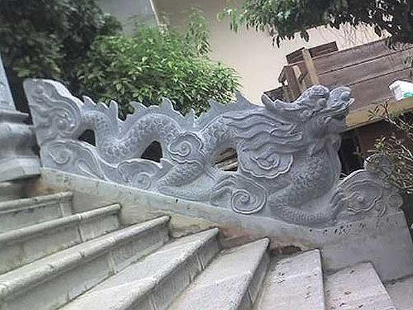 Mẫu rồng đá đẹp