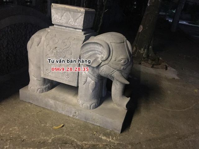 Tượng voi chiến làm từ đá tự nhiên